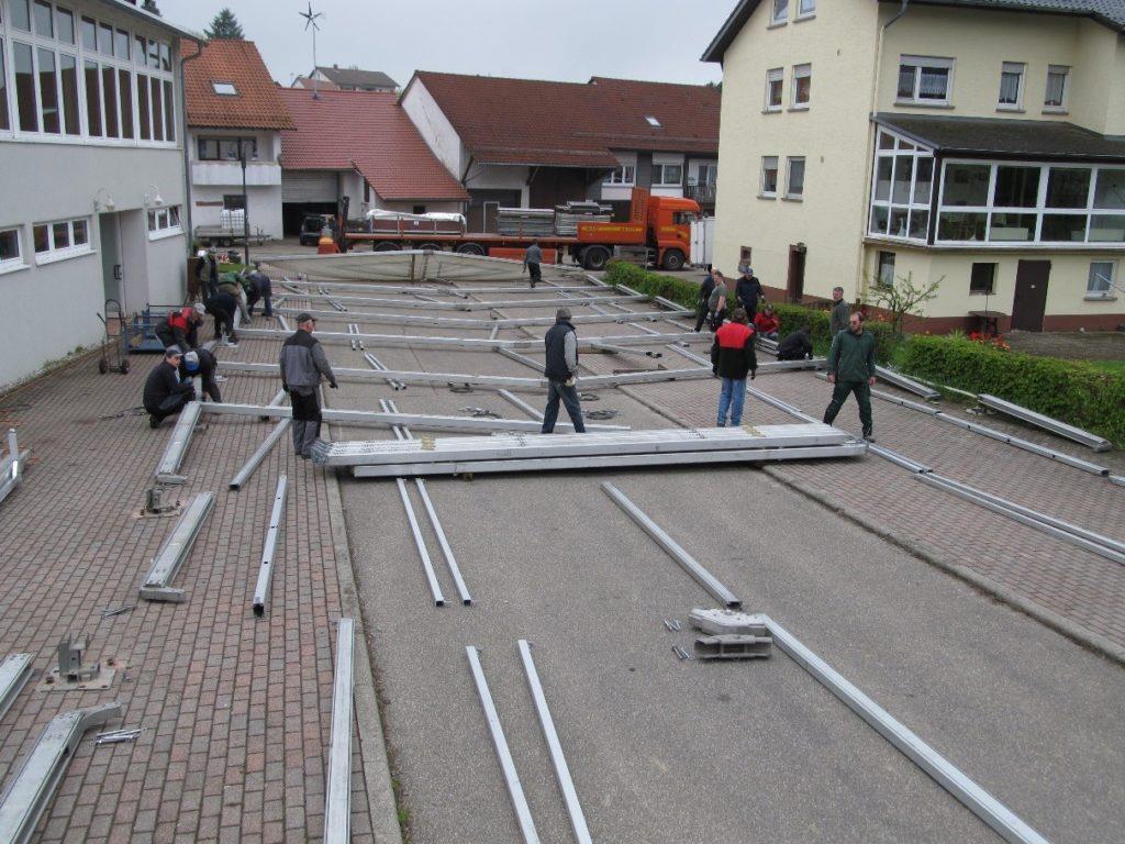 Aufbau Festzelt