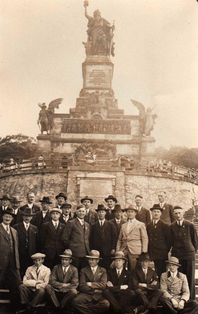 Sängerausflug zum Niederwalddenkmal